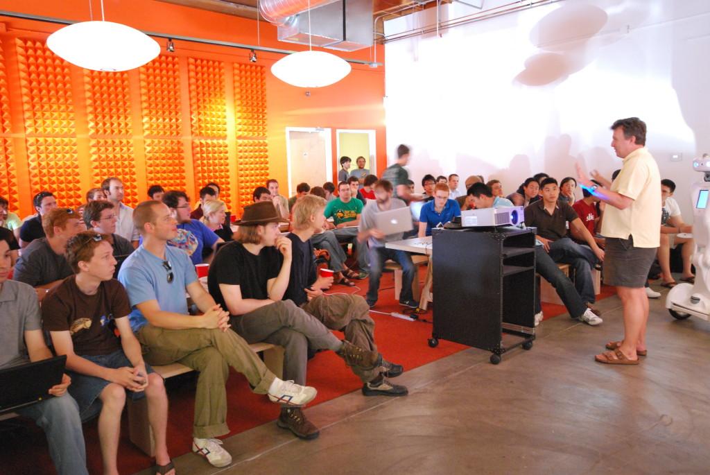 Paul Graham talking to Y Combinator Summer 2009 (Wikipedia.com)