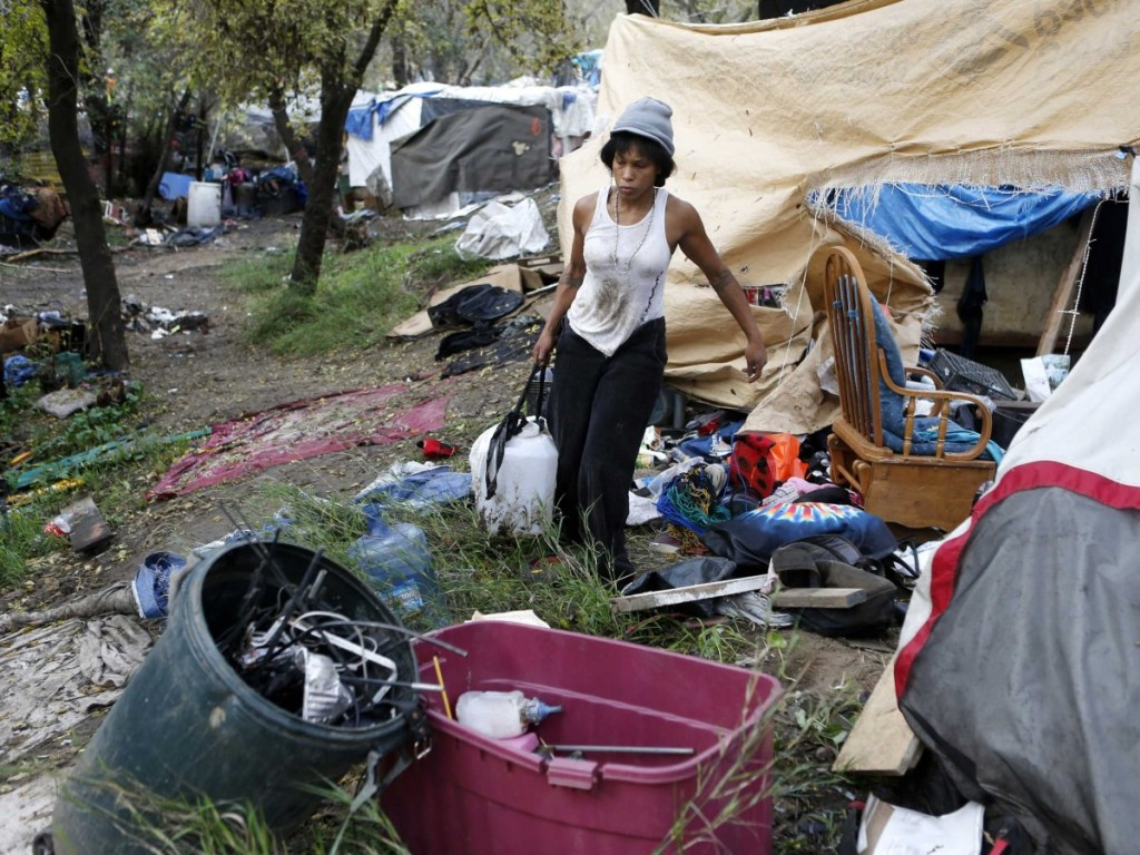One of the homeless camps in Silicon Valley close to the Google and Apple campuses. Photo from http://www.businessinsider.com/silicon-valleys-biggest-homeless-camp-is-being-broken-up-2014-12.